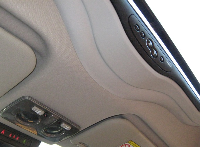 sunroof with Showroomdetails on 51194167 moreover 4sale 2007 Audi Rs4 Ibis White Sunroof Delete 97k Miles 226754 further Details additionally Showroomdetails besides 1313 Hyundai Ix35 Diesel 17.